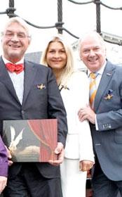Ronnie ontvangt Michiel de Ruyter Prijs